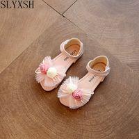 SLYXSH Sıcak Satış 2017 yaz Yeni Stil Çocuklar bebek Çocuk Sandalet moda çiçek kore kız prenses dans Ayakkabıları