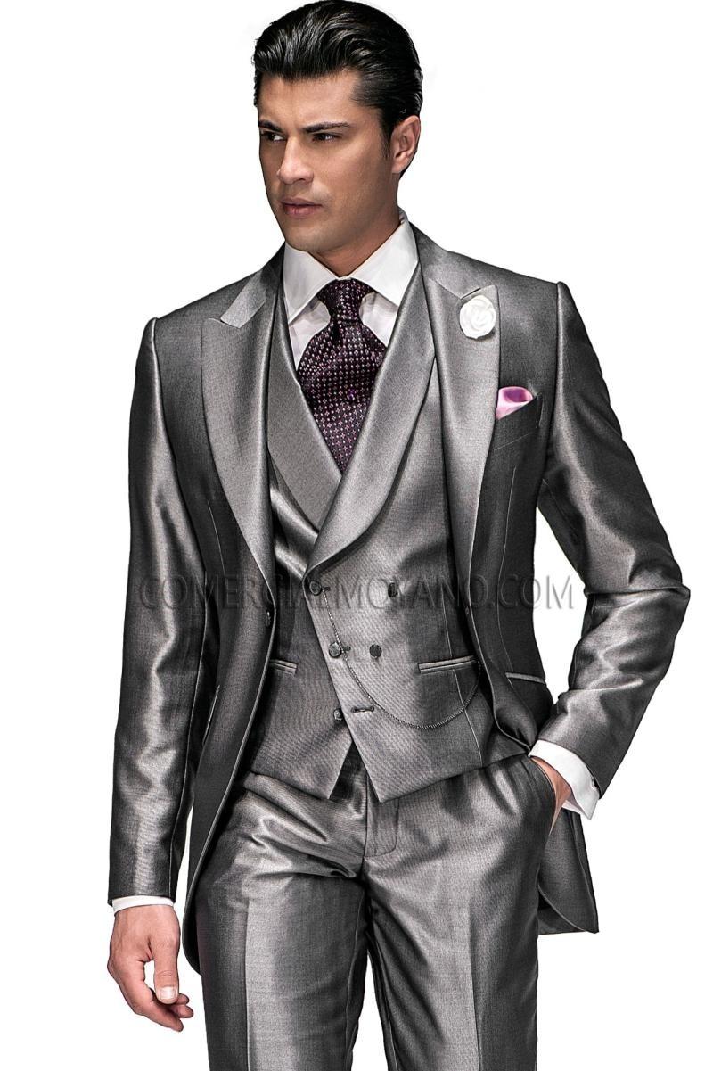 2016 Groom Tuxedo Shiny Silver Grey Groomsmen Peak Lapel WeddingDinner Suits Best Man Bridegroom (Jacket+Pants+Tie+Vest) B458