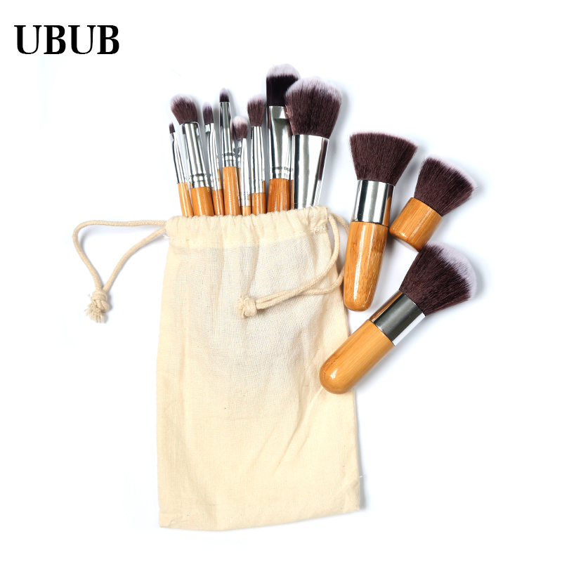 11Pcs Makeup Brushes...