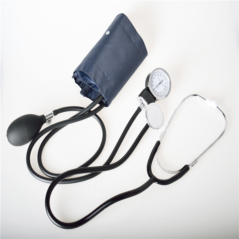 Medical Blood Pressure Monitor Sphygmomanometer Cuff with Stethoscope Health Meter Estetoscopio Saturimetro Tensiometro
