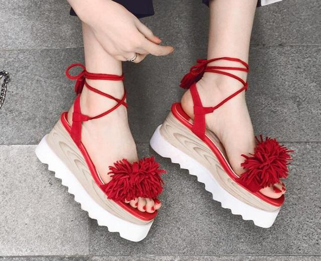 dfb0ecc19bf Designer sandals women casual shoes ace-up sandals fringe decoration high  platform wedge sandals red black ladies cute shoes