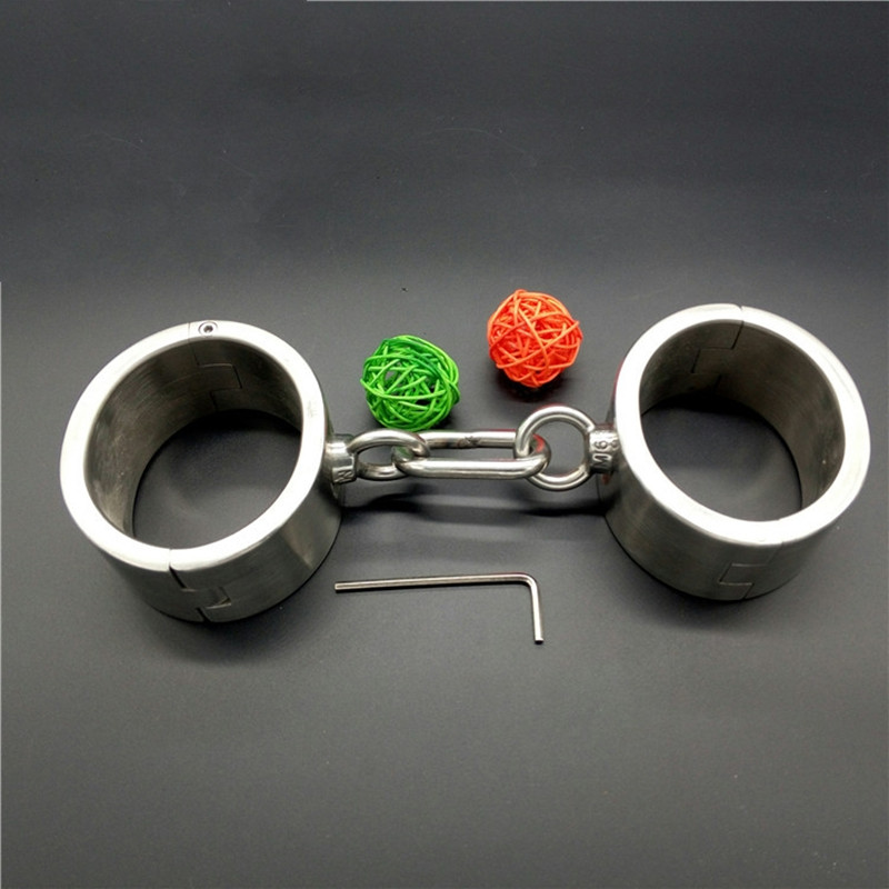 Metal Handcuffs Oval Shape with Chains 100% Stainless Steel Handcuffs For Sex Bondage Fetish Sex Toys for Women and Men G47