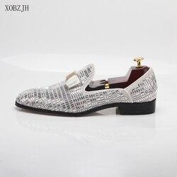 2019 Novos Homens Se Vestem Sapatos Feitos À Mão Lazer Estilo Strass Festa de Casamento Shoes Men Flats Couro Mocassins Sapatos de Prata Tamanho Grande