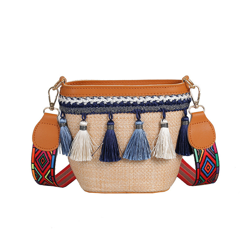 Summer Crossbody Rattan Bag   1