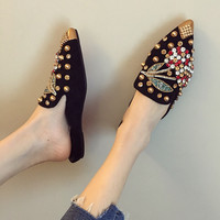 Women's Slippers 2019 Spring Summer Fashion Rhinestone Rivet Flat Half Shoes Pointed Toe Ladies Outside Slippers Woman Slides