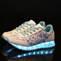 Mujeres Zapatos 2017 de Alta Calidad LED 7-color LED Luminoso Mujeres Casual Zapatos para Adultos de Carga USB Luces de Zapatos de Mujer