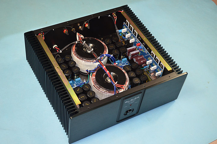 Finished HIFI Power stereo amplifier base on KSA100-2 265W+265W 2 transformers transformers маска bumblebee c1331