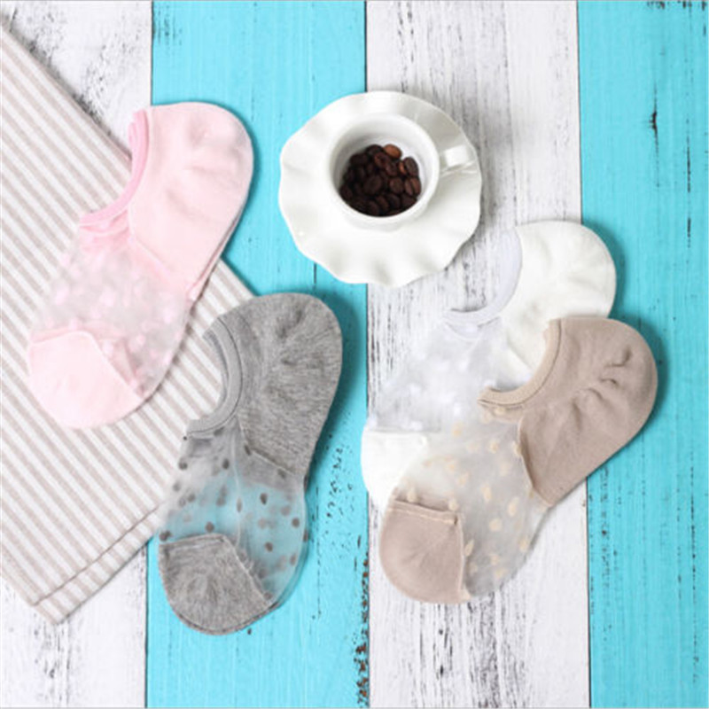 Hot sale 2018 summer 4 colors cute fishnet hollow funny transparent socks women summer chic sexy Invisible ankle sock slippers handbag