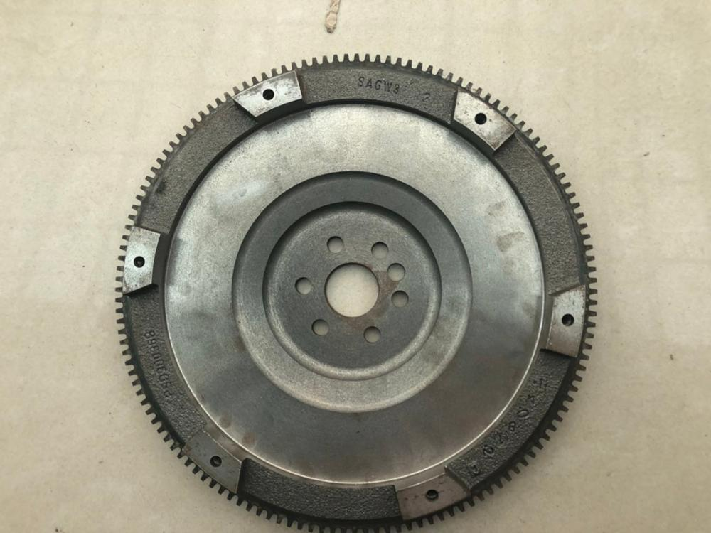 Flywheel Manual And Automatic Transmission For Chinese SAIC ROEWE 550 MG6 1.8 / 1.8T Auto Car Motor Parts PSD90034B