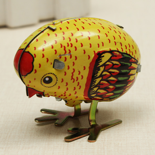Wind Up Chick Tin Classic Toy Clockwork Spring Pecking Chick Style Metal Toys Children Kids
