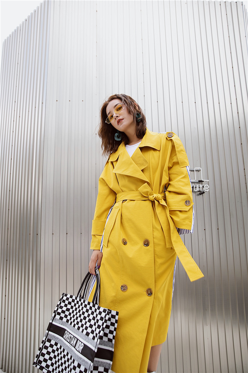 Korean Women Clothes 18 Autumn Windbreaker Female Long Coat New Style Striped Stitching Yellow Winter Trench Coat 11