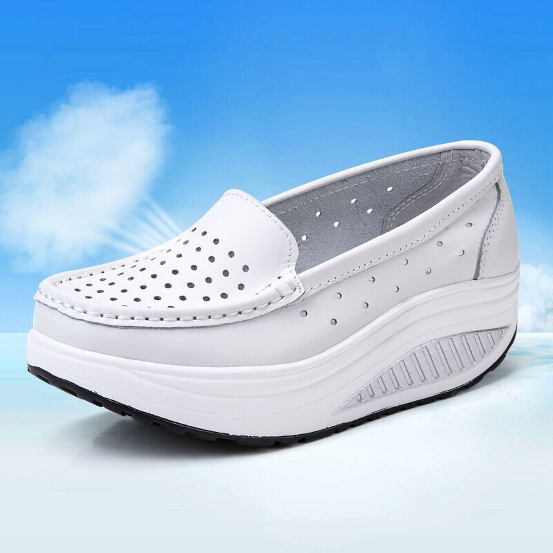 QSR Pumps Woman Shoe Summer Genuine Leather Cutout Breathable Swing Shoes White Nurse Shoes Wedges Heighten Mother Shoes
