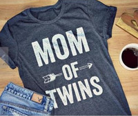 MOM OF TWINS Letter Printed 2017 Women T Shirt Summer Fashion Cotton Crop Tops Casual Short