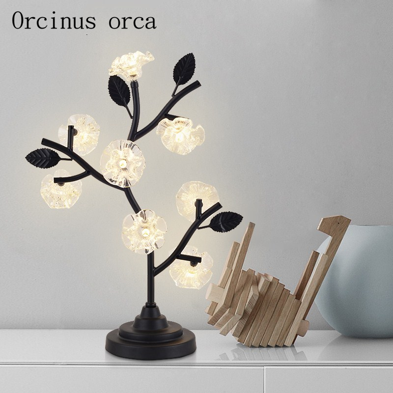Nordic modern simple tree branch table lamp living room bedroom bedside lamp modern creative crystal flower LED lamp цена