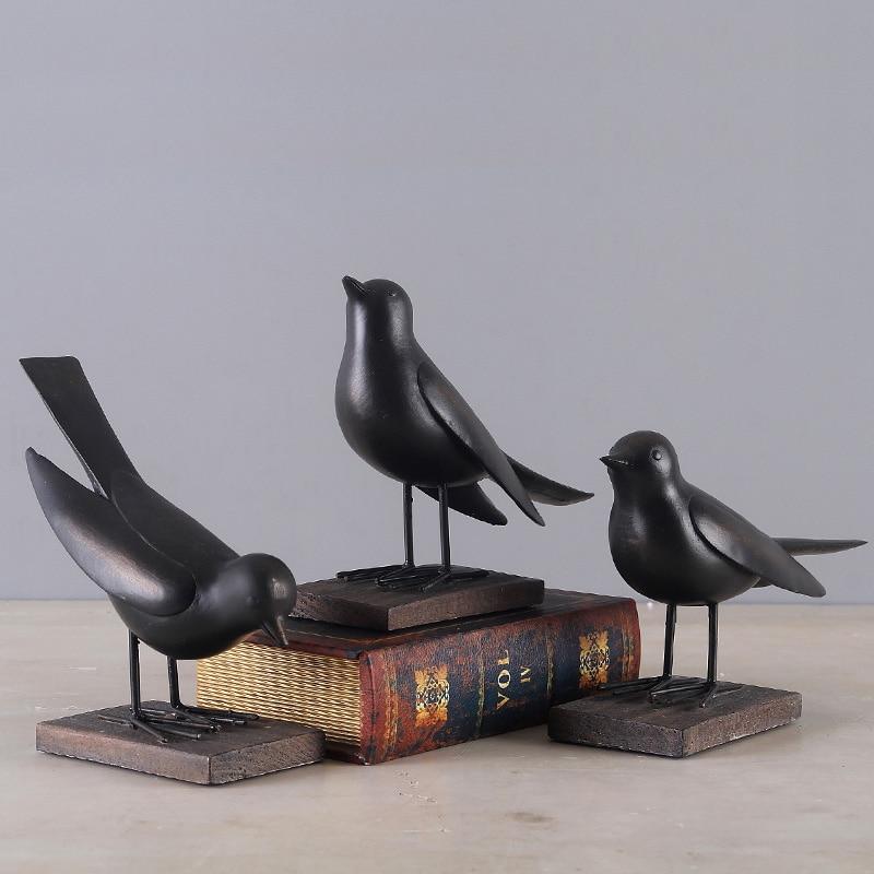Europe du nord contractée oiseaux créatifs articles d'ameublement résine ornements TV fenêtre décor à la maison