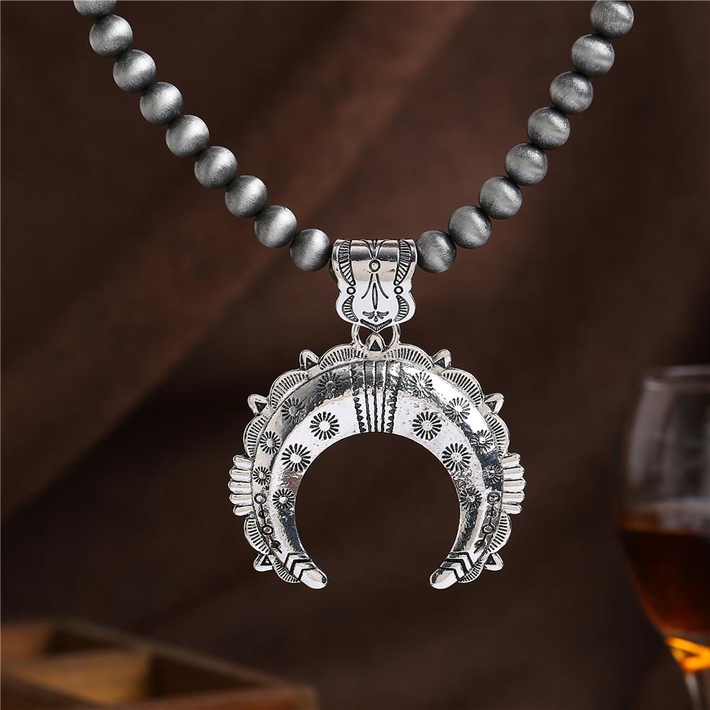 2018 Nytt antik silverhalsband Bohemian Style Män Kvinnor Halvmånen Hänge Halsband Grå afrikanska pärlor Vintage smycken