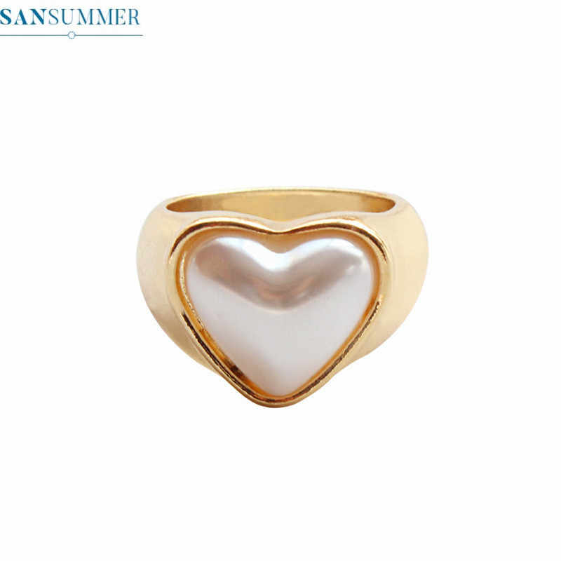 Simple Women Heart Rings Cute Simulated Pearl Rings For Women Bague Femme Minimalist Jewelry Anillos Accessories Party Ring