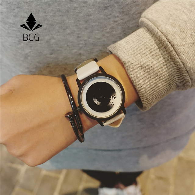 Fashion Turntable Creative Watches concept BGG Simple Unisex Wristwatch Quartz Watch Men Women Student Black White Clock relogio