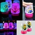 Nova Minions 110 v LED LED lâmpada de mesa Pat noite lâmpadas de luz 7 crianças de brinquedo para quarto