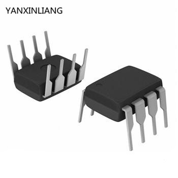 50pcs LM393 DIP Amplifier 393 Low Offset Voltage Dual Comparators DIP8 LM393P LM393N