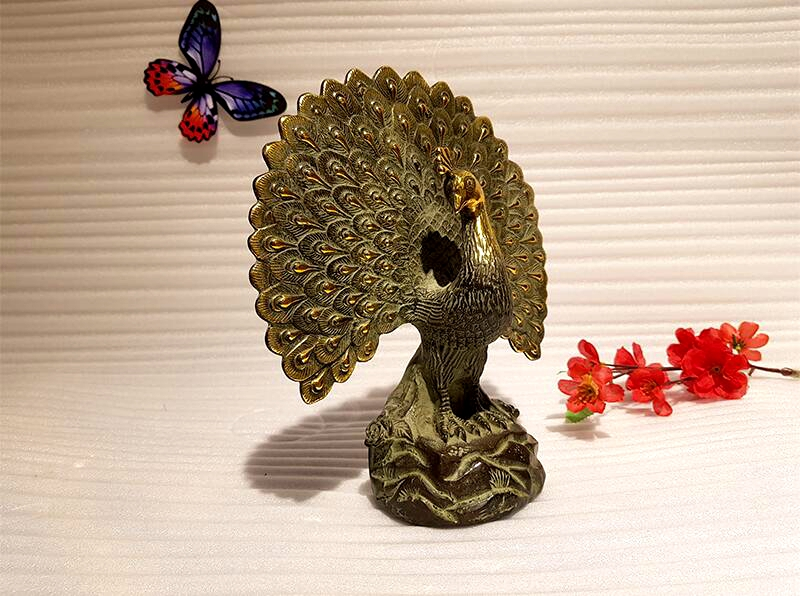 Chinese antique bronze peacock art collection copper peacock Feng Shui lucky copper animal indoor home decoration (6)
