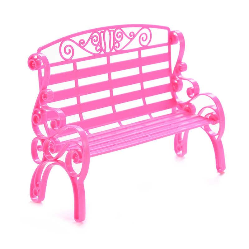 Bambini Ragazze Regalo Carino Rosa Bambola di Plastica Girello Sedia A Dondolo divano Accessori Mobili Casa di Bambola Decorazione