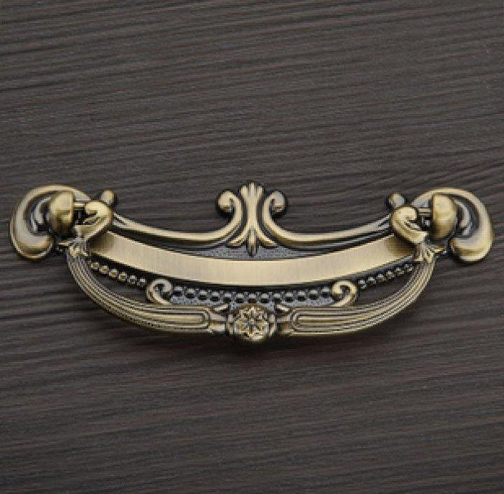 купить 6Pcs/Lot Drawer Handles And Concealed Door Knob Classical Style Antique Bronze ( C:C:96MM L:127MM ) онлайн
