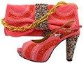 Coral 2017 Nuevo Venir Africano Sandalias Zapatos Italianos Y Bolsos A juego Zapatos de Los partidos Con Conjunto de Bolsas Para la Boda O Partido Tamaño 38-43 MM1029