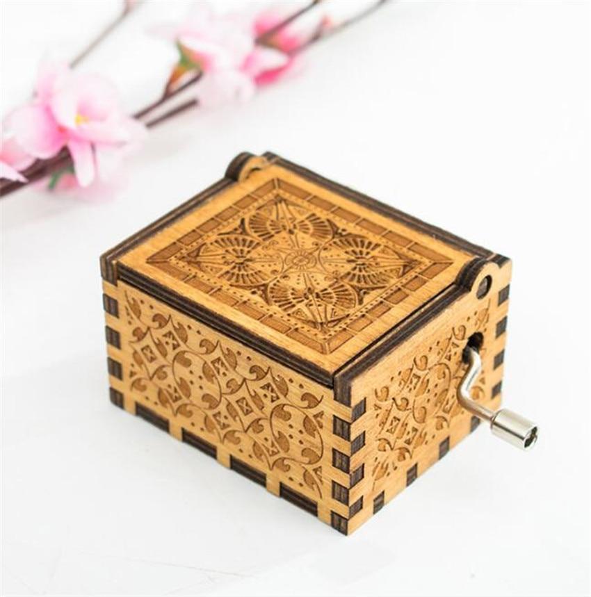 Pirates of the Caribbean Davy Jones Sankyo Wooden Music Box Locket Gift