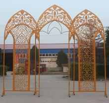 Wedding ceremony stage iron art background wedding arch metal screen.