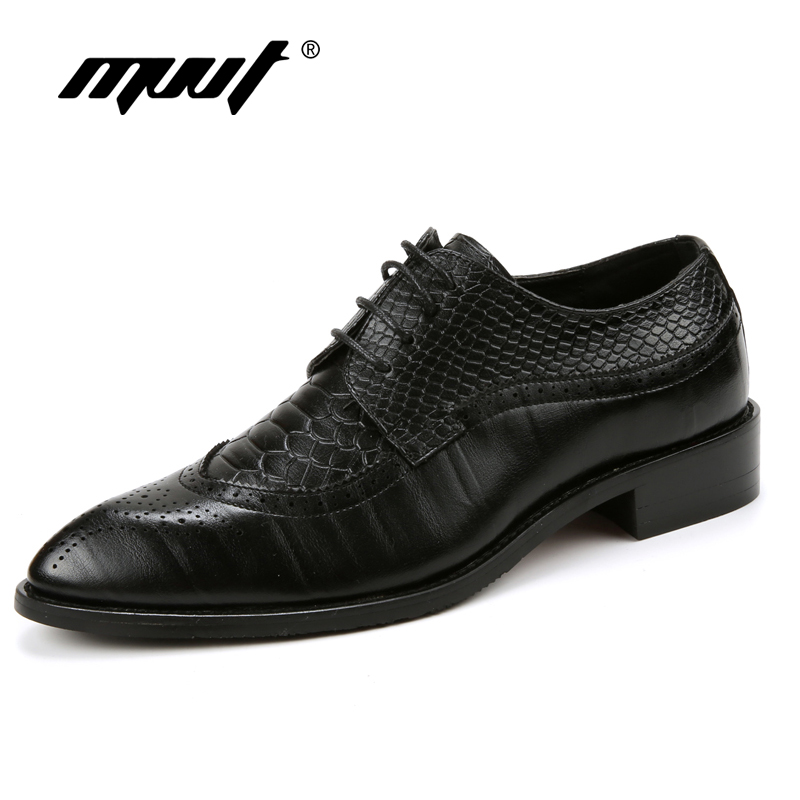 Formal Leather shoes Men Dress Shoes Bullock Oxfords Shoes For Men, Lace Up Designer Luxury Office Party Wedding Shoes new brand designer formal men dress shoes lace up business party oxfords shoes for men pointed toe brogues men s flats plus size