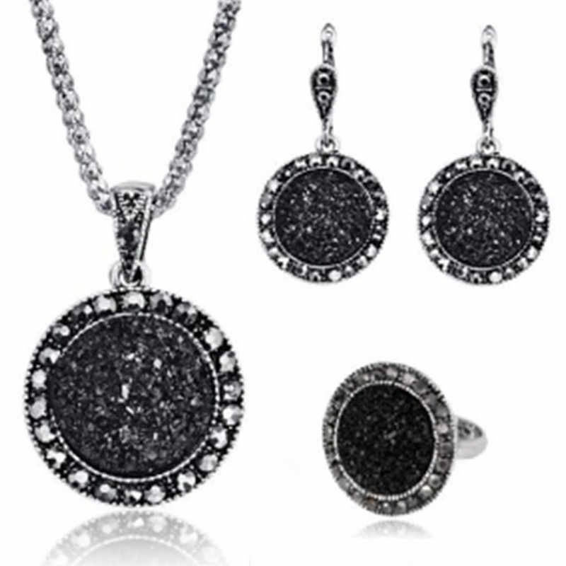 2019 New Jewelry Set Fashion Black Ring Necklace Earrings Three Piece Set Round Jewelry sets for women wholesale