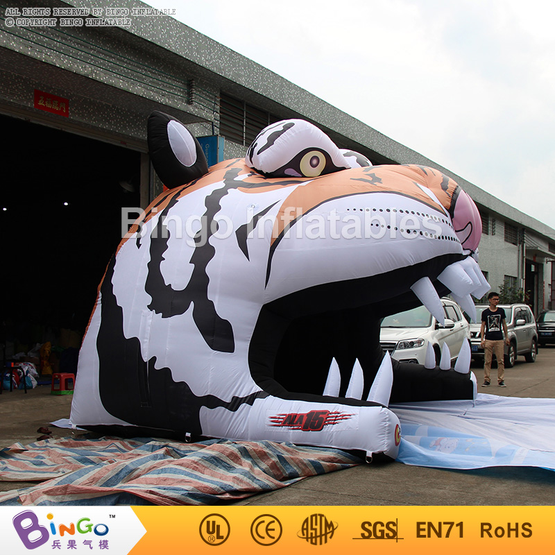 Customized Tiger Head Type Inflatable Football Tunnel