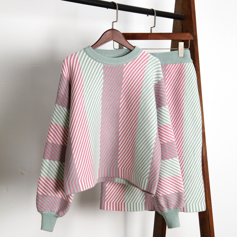 2019 New Fashion Women Skirt Sets Autumn Lantern Sleeve Colorful Striped Sweater Skirt Suits Female Thicken Knitted Sets Outfits