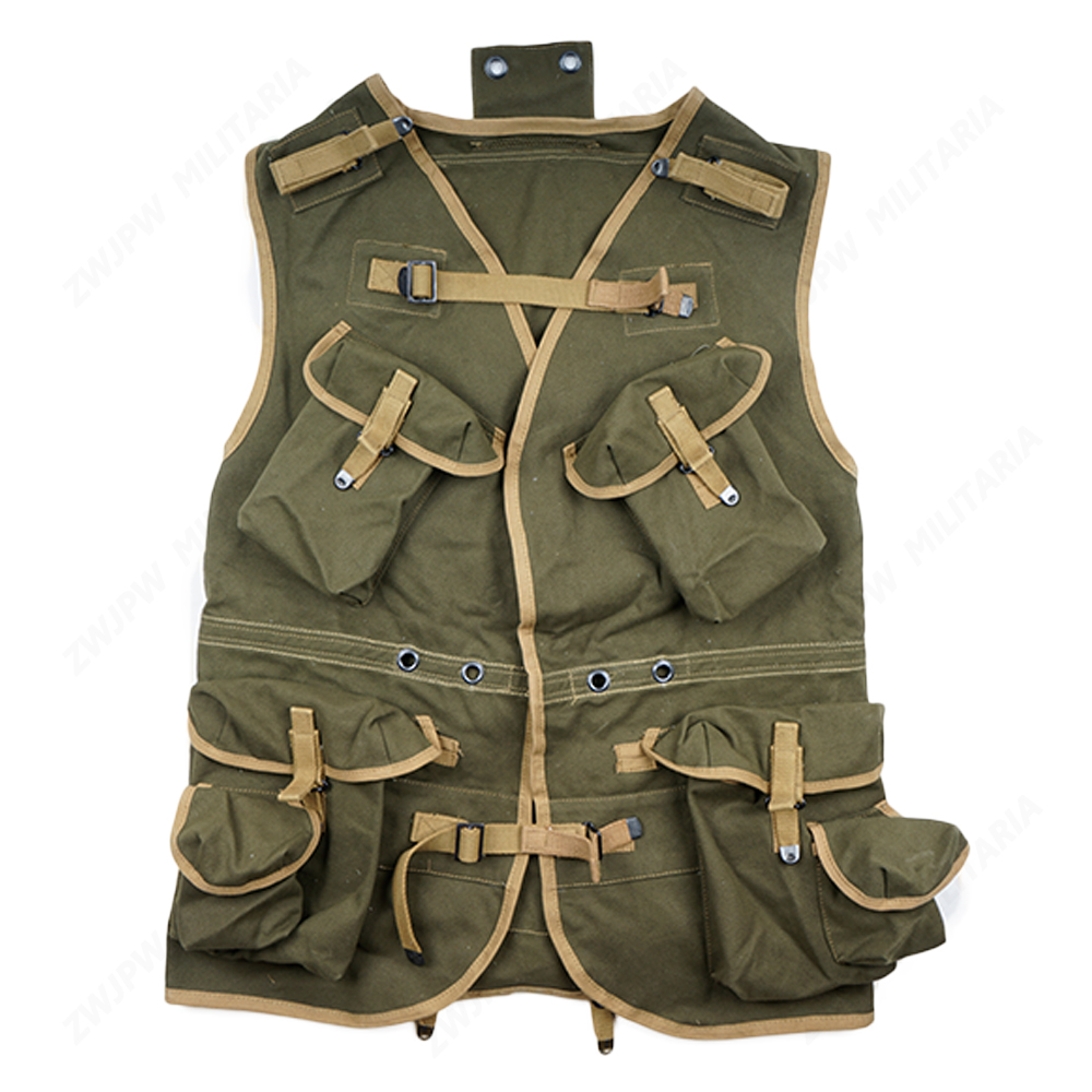 WW2 US ARMY D- DAY ASSUAULT VEST KHAKI AND ARMY GREEN REPLICA -US/409102- цена и фото