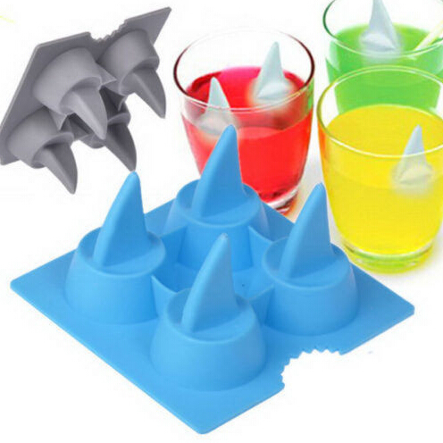 1PC Silicone Brain Shape Ice Cube Fastze Mold Ice Cream Tools Ice Mould Hot Selling Shark 3D Shape Ice Tray Cool