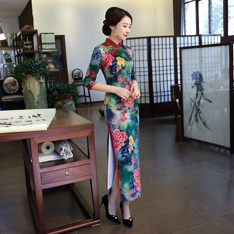 2018 winter Shanghai Geschichte seide Chinesischen traditionellen kleid cheongsam chinesische kleider qipao Kostenloser Versand-in Cheongsam aus Neuheiten und Spezialanwendung bei AliExpress - 11.11_Doppel-11Tag der Singles 1
