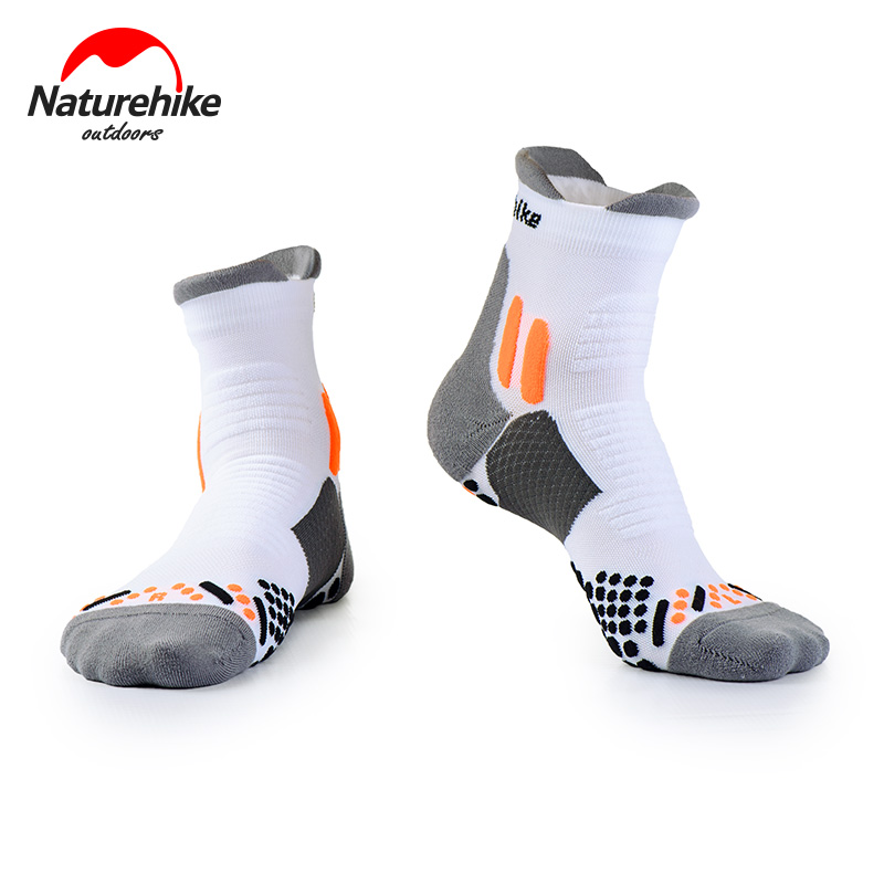 Naturehike Outdoor Sports Socks Quick-drying Running Socks Breathable Hiking Socks NH17A002-M mens five toes cotton socks pure breathable sports running finger socks