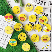 1PC Unisex Cute  Badge Round Funny Face Brooch Clothes Bag Decoration Acrylic