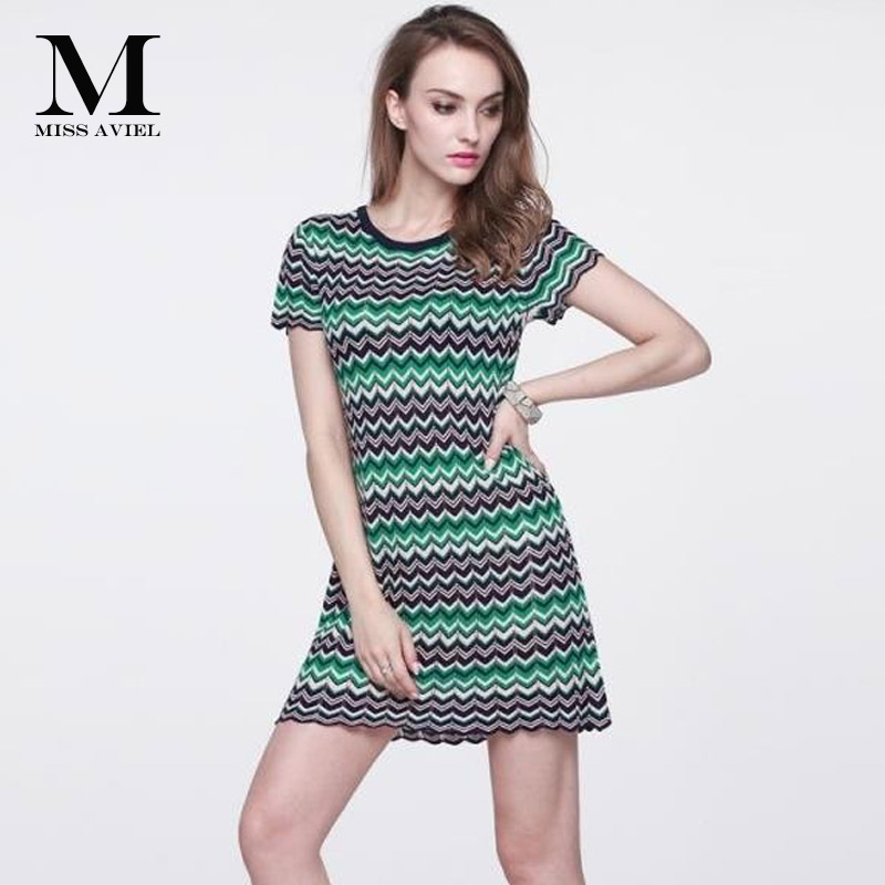 Italian Fashion Style High quality 2018 Summer Brand New Short Sleeves Knitted Women's Color Wave Stripe Runway Dresses One Size tutudress 2018 new brand summer style