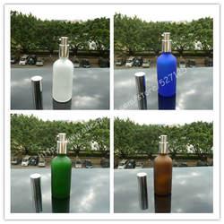 100 мл матовый прозрачный/зеленый/коричневый/синий стеклянная бутылка с блестящей серебряной лосьон насоса, лосьон бутылки, упаковка для