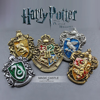 Harri Potter Hogwarts Gryffindor Slytherin Ravenclaw Hufflepuff Metal Badge Brooch Chest 3D Anime Pins Cosplay Collection Gift cabeza de toro de colores