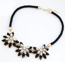 2017 Vintage Brand Women Collar Clavicle Chain Choker Bib Statement Necklace Weave Link Crystal Flower Necklace