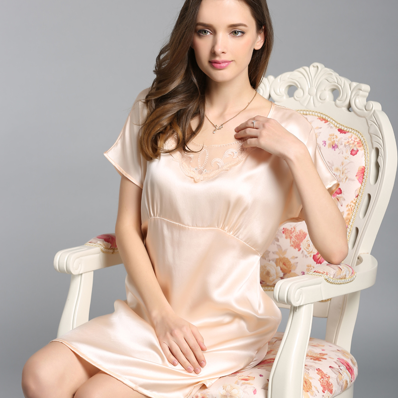 S55111 Wholesale Spring and Summer High-grade Heavy Silk Sleepwear 100% Silk Nightgown Dress