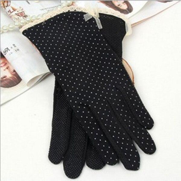 1 Pai Summer Dot Bow Glove...