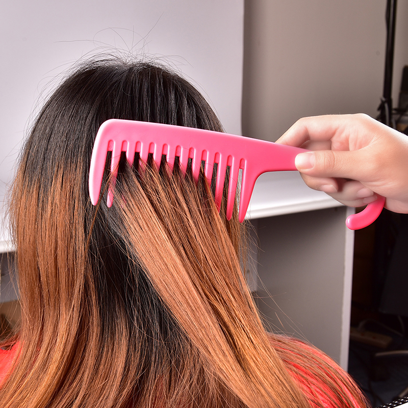 Large Wide Tooth Combs Of Hook Handle Detangling Reduce Hair Loss Comb Pro Hairdress Salon Dyeing Styling Brush Tools Hot Sale