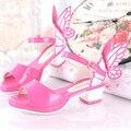 2016 летние новые модные Девушки сандалии Детская обувь принцесса обувь детская сандалии крылья Бабочки туфли на высоком каблуке рыбы глава