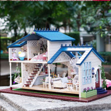Miniature DollHouse