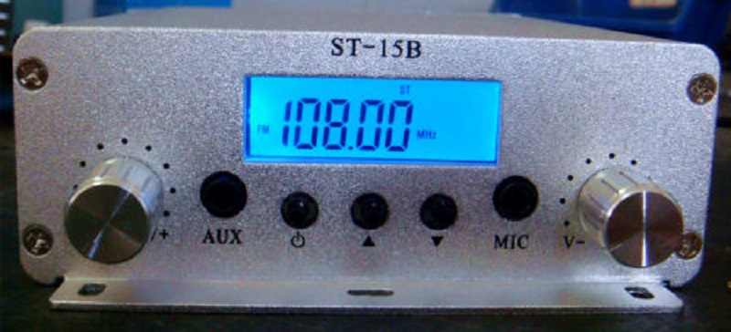 المبيعات الساخنة! 15 واط pll FM الارسال FMU SER ST-15B مع 86MHz-108MHz-100khz
