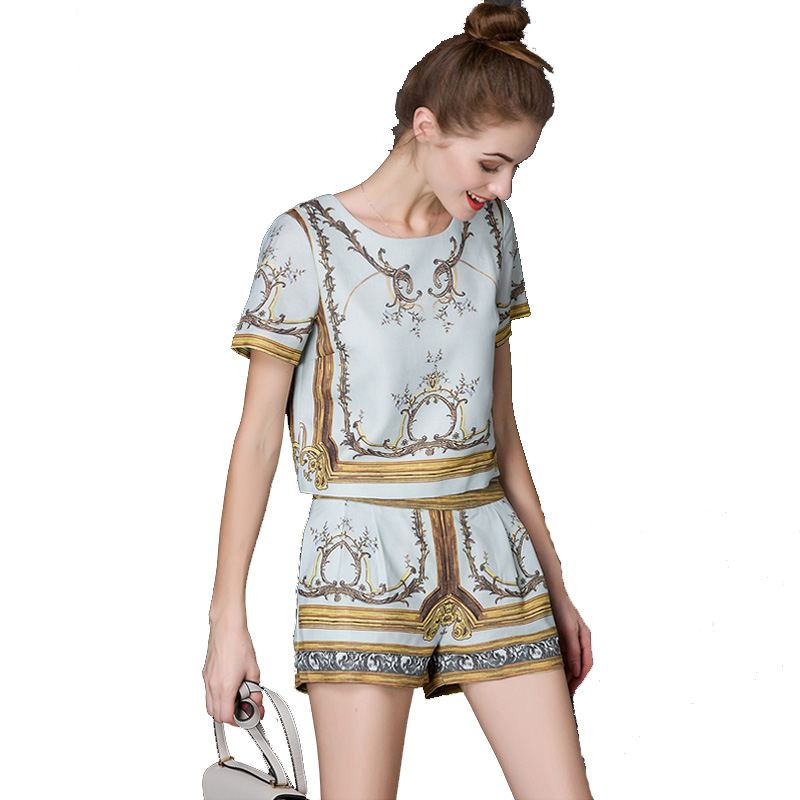 High Quality 2016 Runway Designer Set Suits Women s short Sleeve Gold  Abstract Printed Blouses+short pants Casual set-in Blouses   Shirts from  Women s ... b7e3ed6960fd